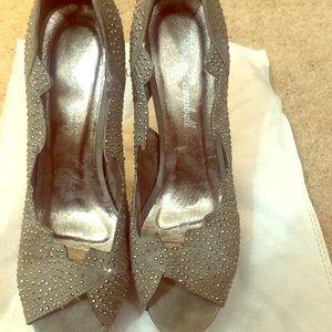 RARE JEFFREY CAMPBELL Grey Rhinestone Heels
